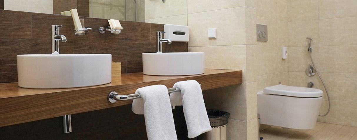 Cuál es la manera correcta de limpiar tu baño? | Aseo